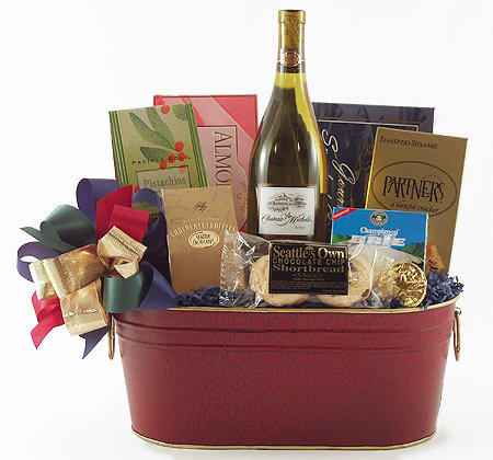 #13 Northwest Wine Basket with Smoked Salmon