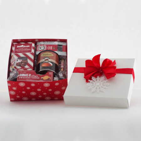 CC Holiday Cookies, Cocoa and Chocolates Gift Box