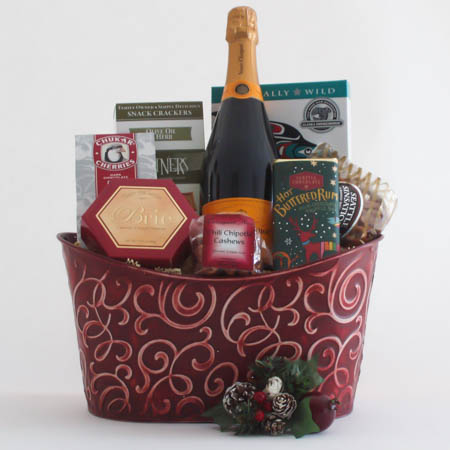 M  Holiday Northwest Gift Basket with Smoked Salmon & Vve. Clicquot French Champagne
