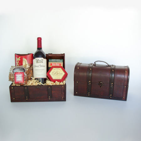 #31 Washington Wine or Sparkling Cider Gift Basket in Wooden Chest